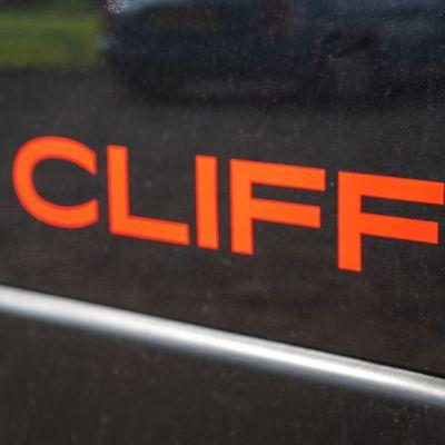 SUNLIGHT_CLIFF_540-11.jpg