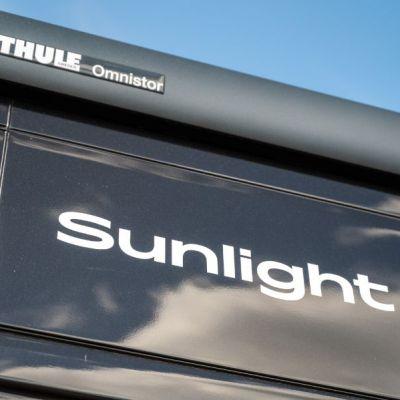 SUNLIGHT_CLIFF_540-13.jpg