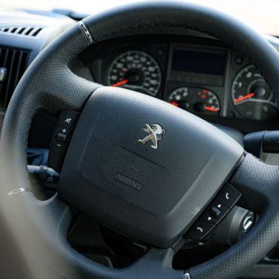 Peugeot_Elddis_Autoquest_196-39.jpg