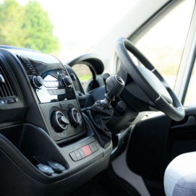 Peugeot_Elddis_Autoquest_196-45.jpg
